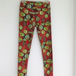 RARE and Beautiful LuLaRoe Christmas leggings OS
